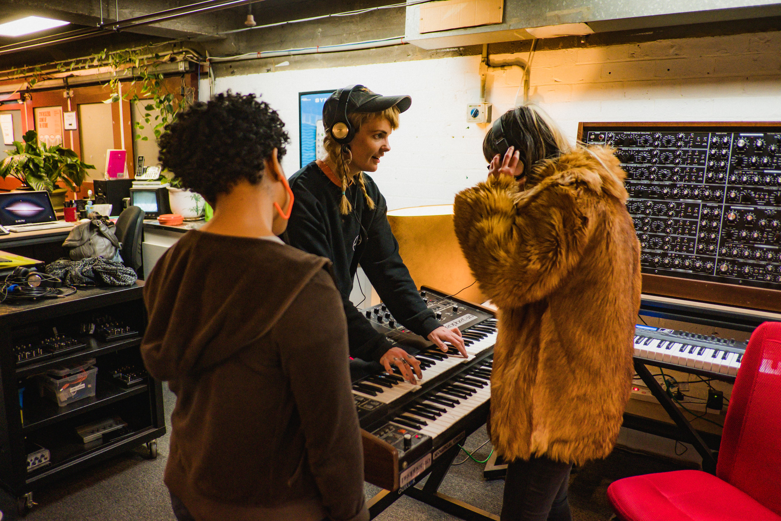 Sound School - MESS - Naomi Lee Beveridge - 16.jpg