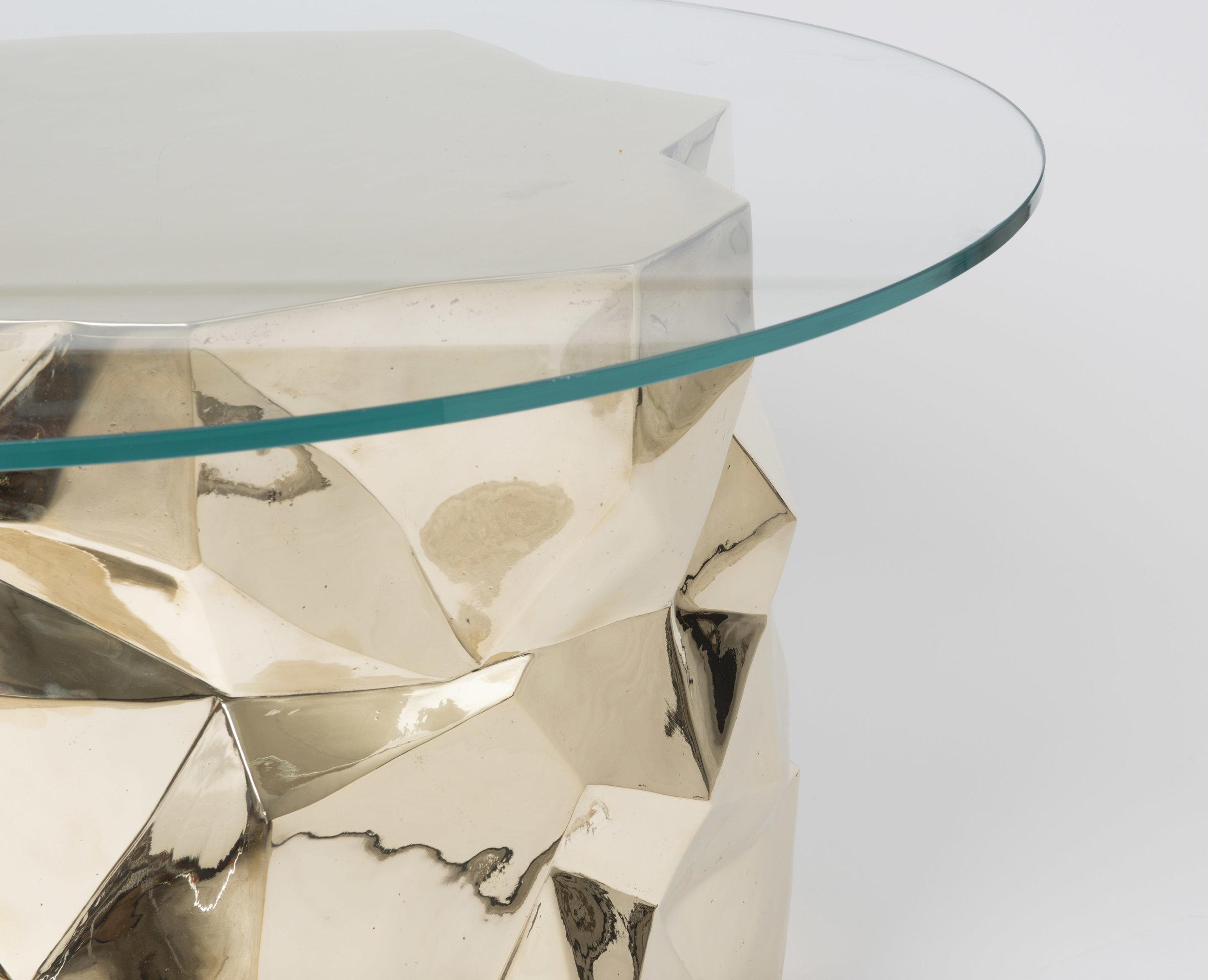 facet dining table_detail2.jpg