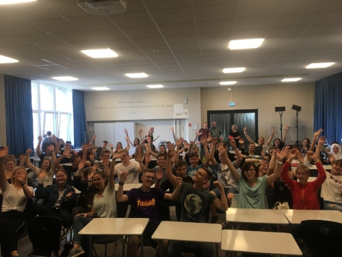 - Lehrer und Schüler des Humboldt-Gymnasiums Cottbus