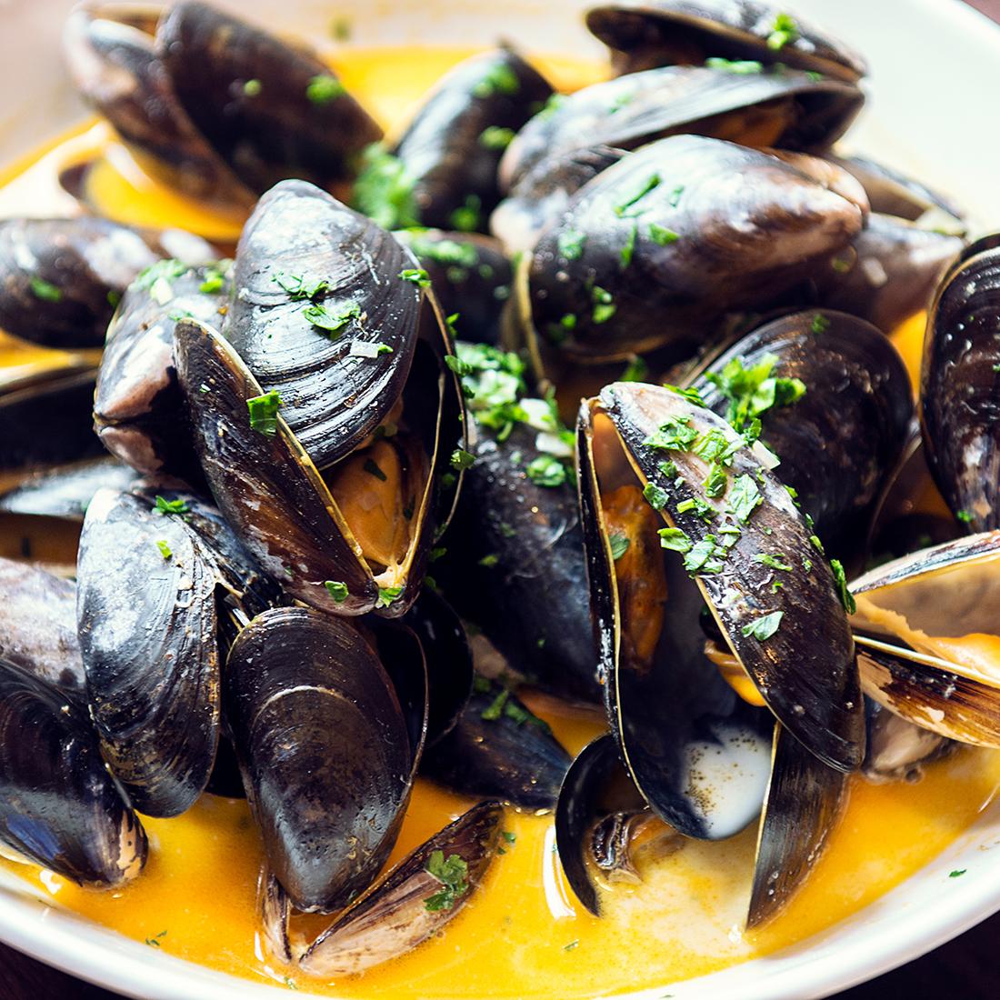otro restaurant edinburgh mussels.jpg