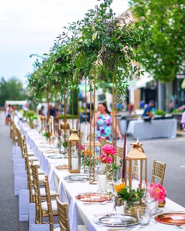 Head to @avaloninsider to vote for our tablescape in the Savor the Boulevard design competition. #2!!! What a joy working with the fabulous @stylishstemsatl and @rumiskitchenatlanta teams!! #savortheboulevard #givingkitchen #beforetheflood #designcompetition