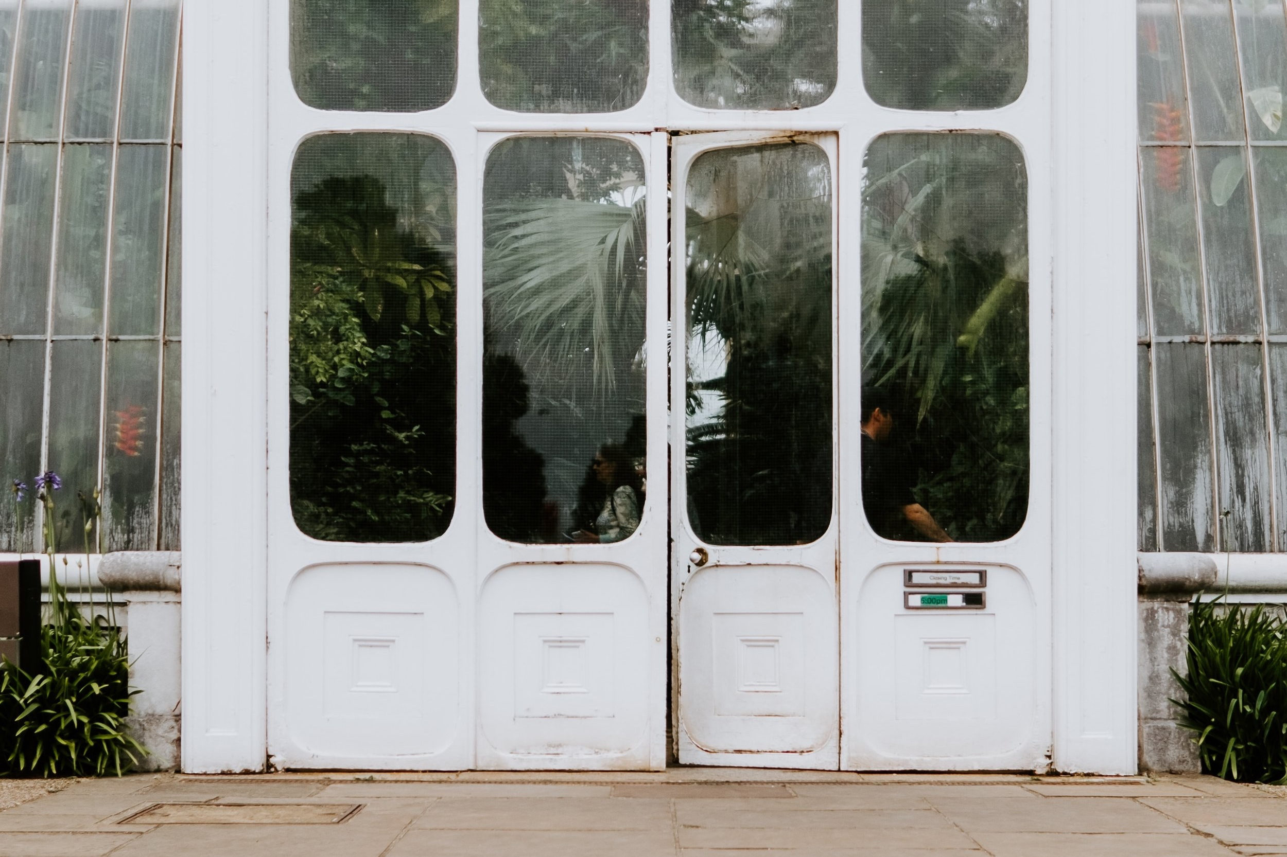 Double+White+Doors.jpg