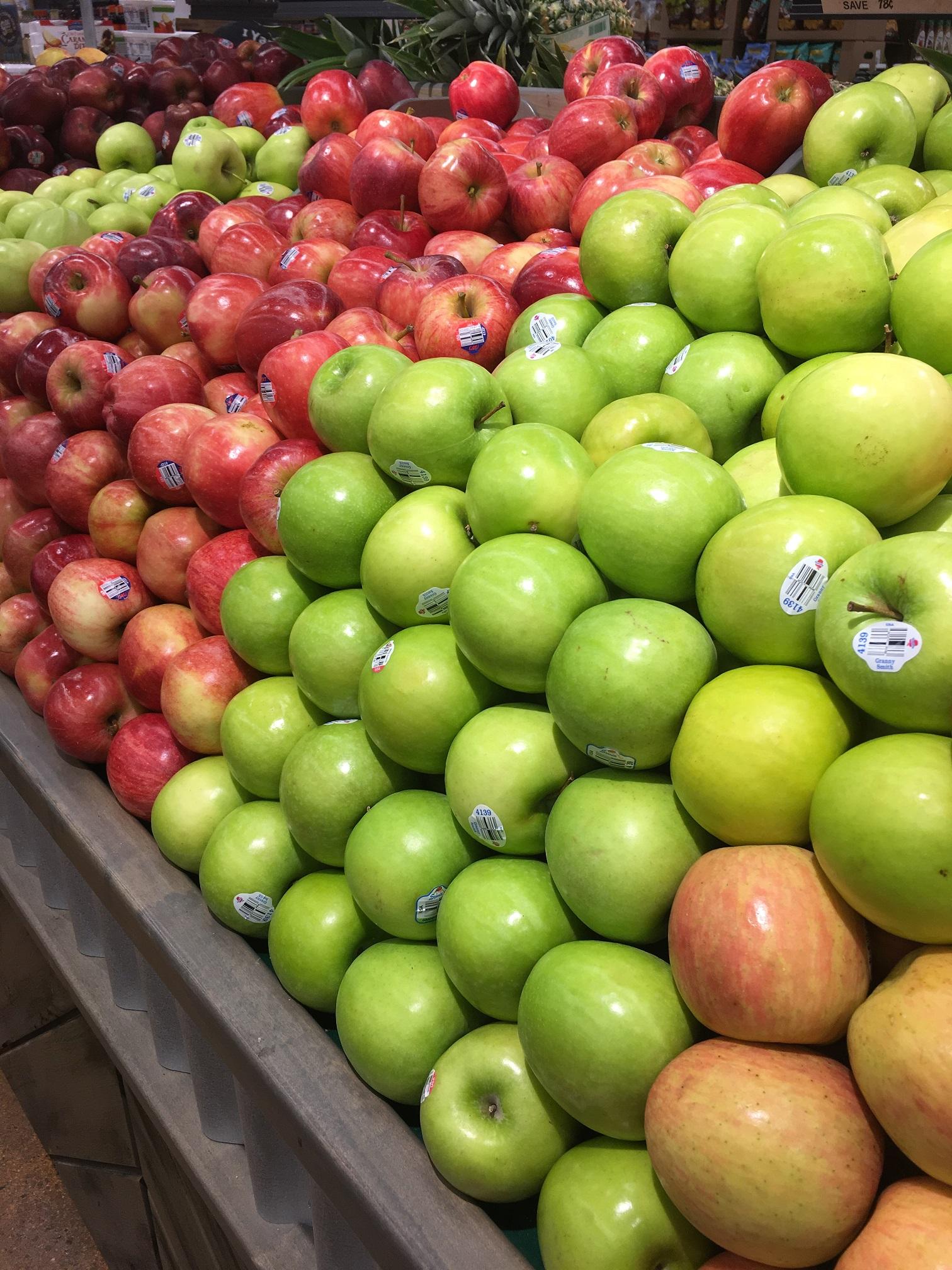 Apples-RedGreen-resize50.jpg