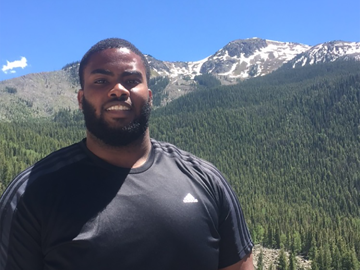 At 25, Leo McAfee Jr. was looking for a weight loss solution that he could maintain. He found one at Medical Weight Loss Clinic.