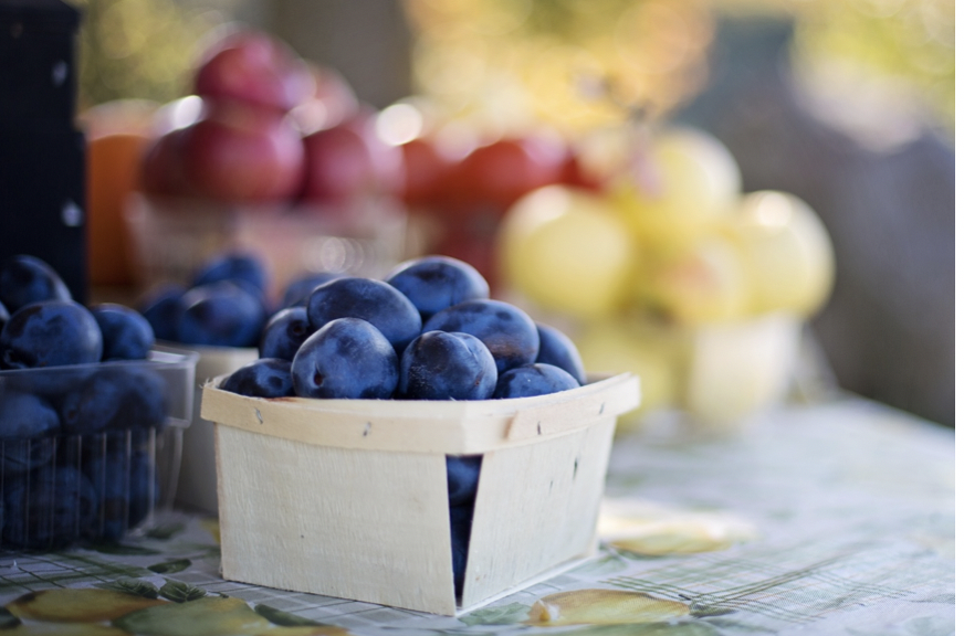 Make the most of fresh, seasonal fruits and vegetables this summer.