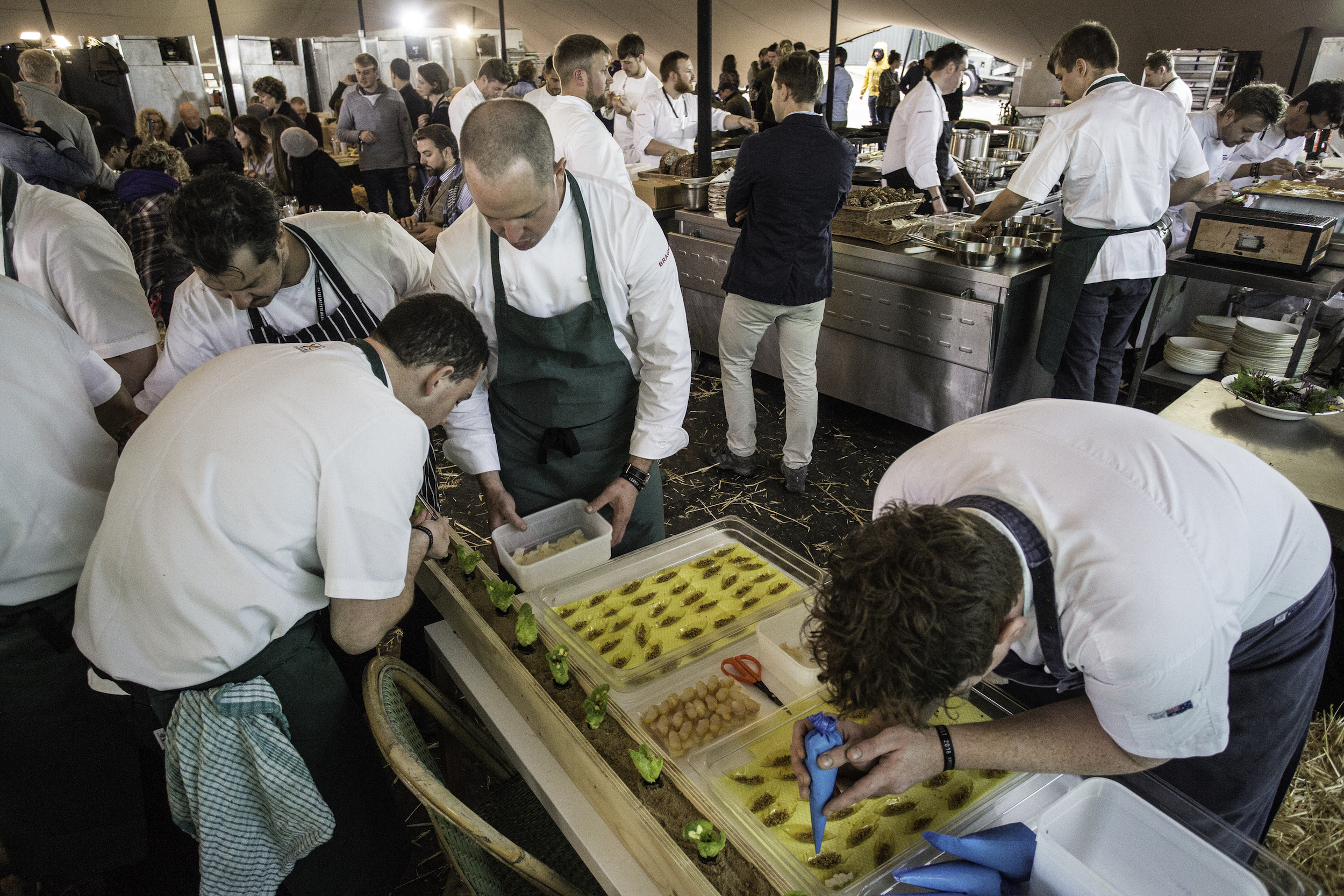 CHEFS + RESTAURANTS - Dining, Collaborating, Challenging, Discussing
