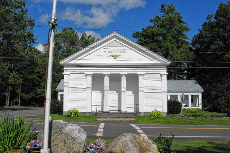 worthington-town-hall.jpg