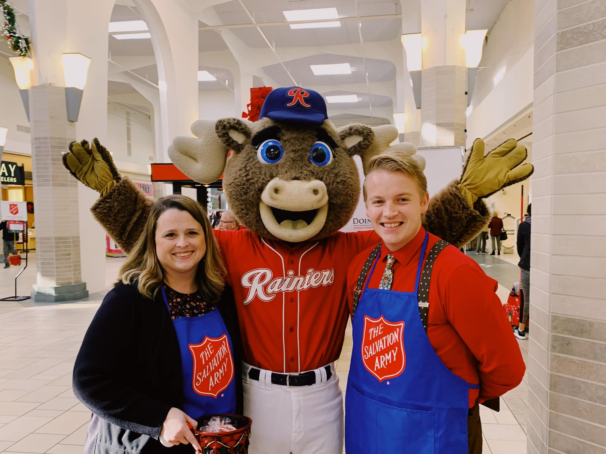 Shelley & Nic with Rhubarb at the Salvation Army's Celebrity Bell-Ringing event