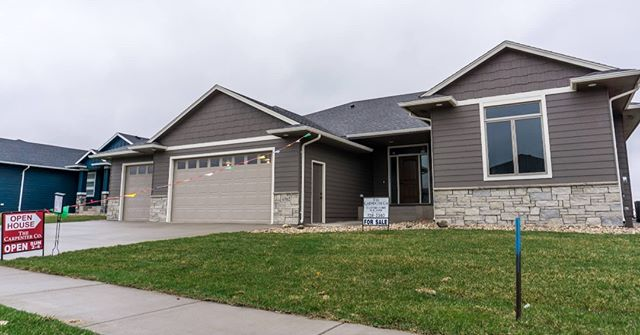 Newly constructed in Sioux Falls, this home by The Carpenter Company is now on the market! . . . #BFSBuilt #BFSSiouxFalls #BFS #buildersfirstsource #siouxfalls #realestate #newhome #newconstruction #newbuild #home #homeforsale #southdakotarealestate #newlisting #buildingmaterials #roofing #siding #windows #framing #home #realestatemarketing #lumber #window #newbuild #contractorlife