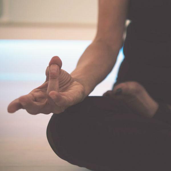YOGA - Connecting Breath & Movement
