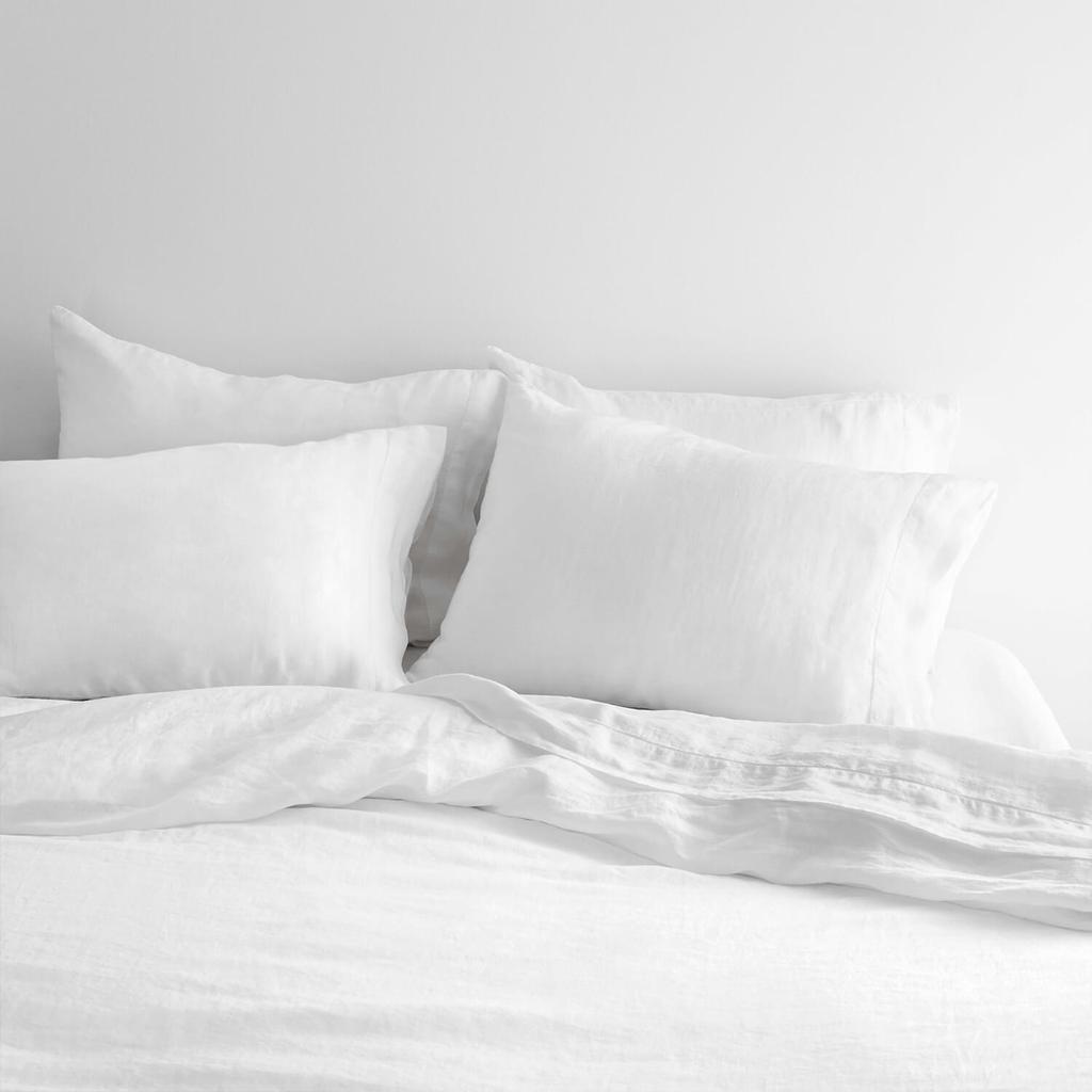 White_Bed_Set_1_1024x1024.jpg
