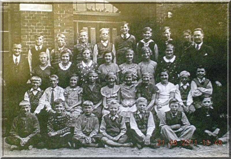 Skoleklasse 1950erne, foto arkiv.dk