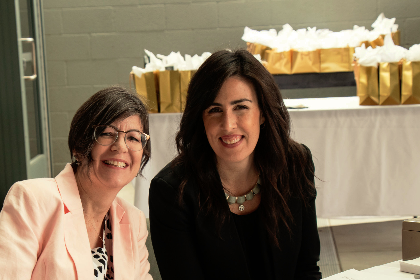 Suzanne+and+Erin+Finley-volunteers+CLF-2018+spirit+of+giving.jpg