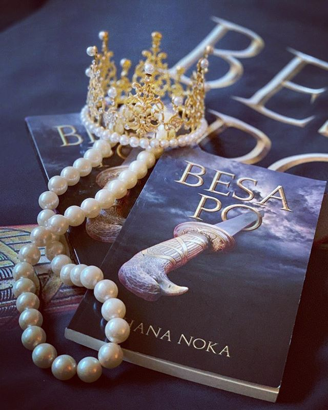 ⚡️AVAILABLE IN PAPERBACK AND E-BOOK⚡️ ORDER YOUR COPY TODAY!  5 ⭐️ rated by Readers Favorite  Girls should learn history and make it. Courage is in you!  Discover the inspiring story of Illyrian Queen Teuta- one of the fiercest and bravest ancient warrior queens.  Queen Teuta was wise as a serpent, brave as a lion and devastatingly beautiful.