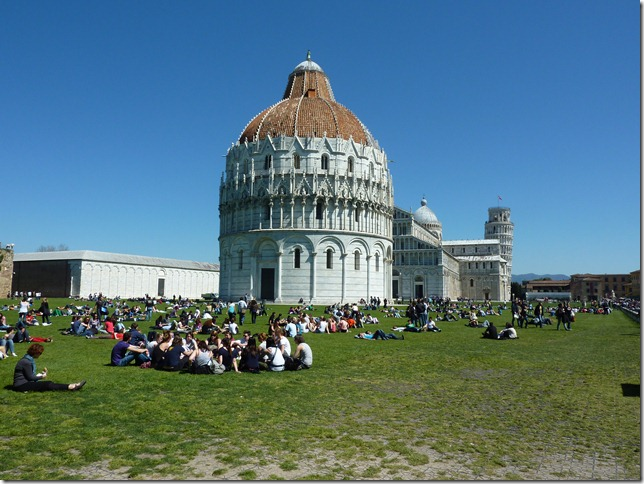 doing engineering in Pisa means having breaks in Piazza dei Miracoli, which is just around the corner