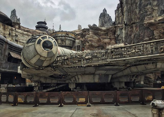 On Friday I was so grateful for the opportunity to visit Black Spire Outpost on Batuu (Star Wars: Galaxy's Edge at Disneyland)! Huge thanks to @shoomlah for adding me to her reservation.  Disney's Imagineers have really outdone themselves with this experience - the immersion and attention to detail is stunning.  I had a great time exploring with @aidancostumes and @nathantwist and I'm excited for the rest of my friends to see it too - the pictures don't do it justice, but here are some awesome spaceships anyway.