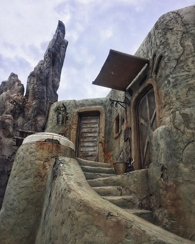 The attention to detail on Batuu is staggering.  My favorite part might be the beautiful doors throughout the Outpost - here are some of my favorites!