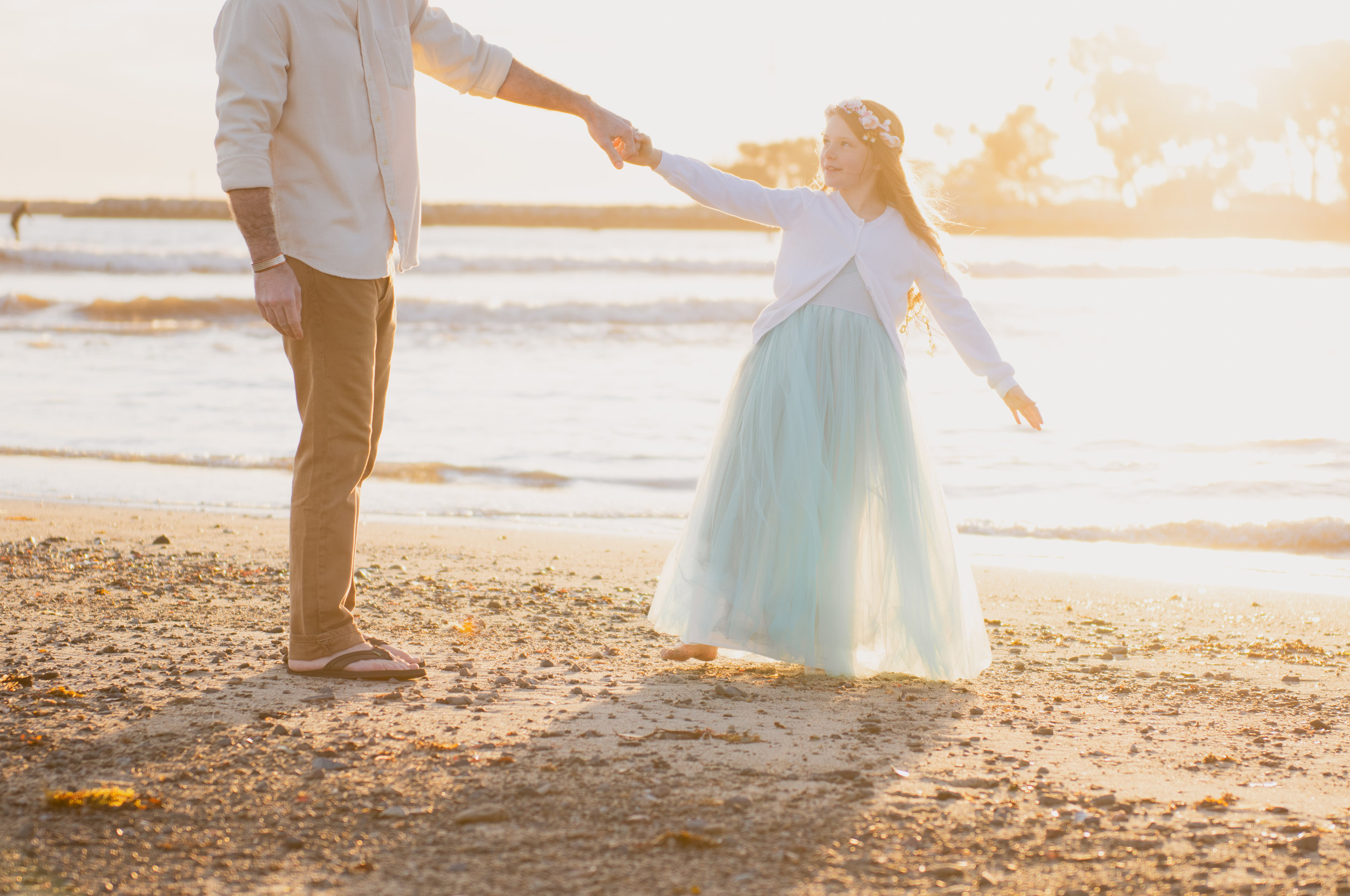 Daddy & daughter dance on the beach