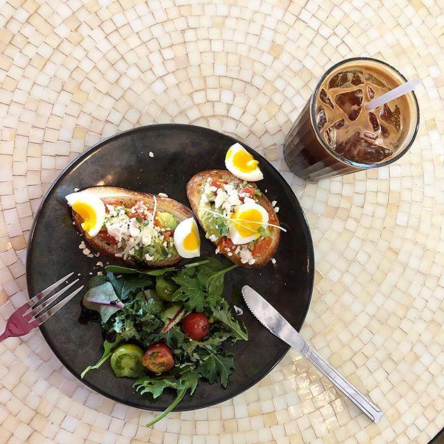 Avocado toast paired with Americano.  YUM! 😋🥑☕️ . . #LAB#Dessert#Coffee#Macaron#Snowice#Bingsu#Cottoncandy#cottoncandyburrito#thanksgiving #christmas #catering #instafood #sandiego #sandiegofood #sdeats#foodporn  #eatsd #eater #yummy #sandiegoeats #sdfooddiaries #eatsandiego#convoystreet #discoversd#New #opensandwiches