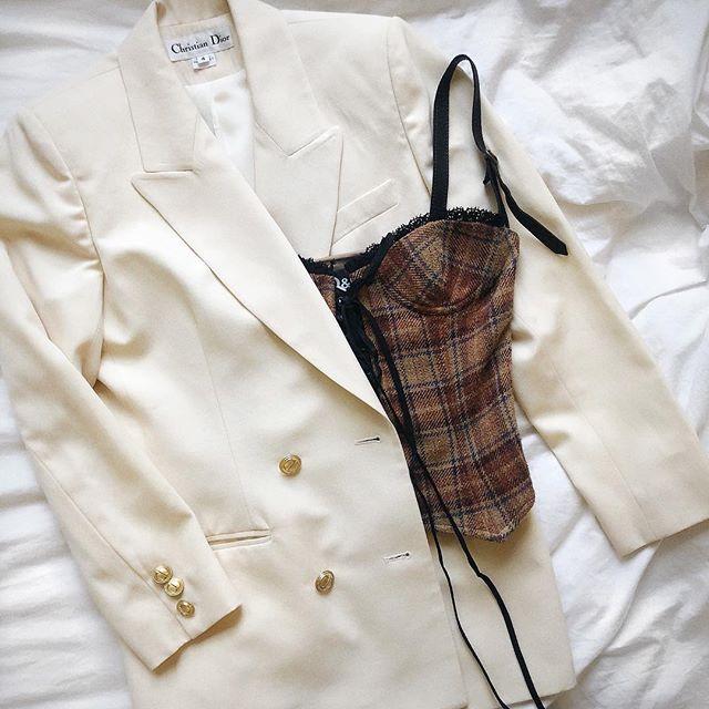 Vintage Dior blazer + D&G corset coming to #EFArchive soon ❣️ #efemmere