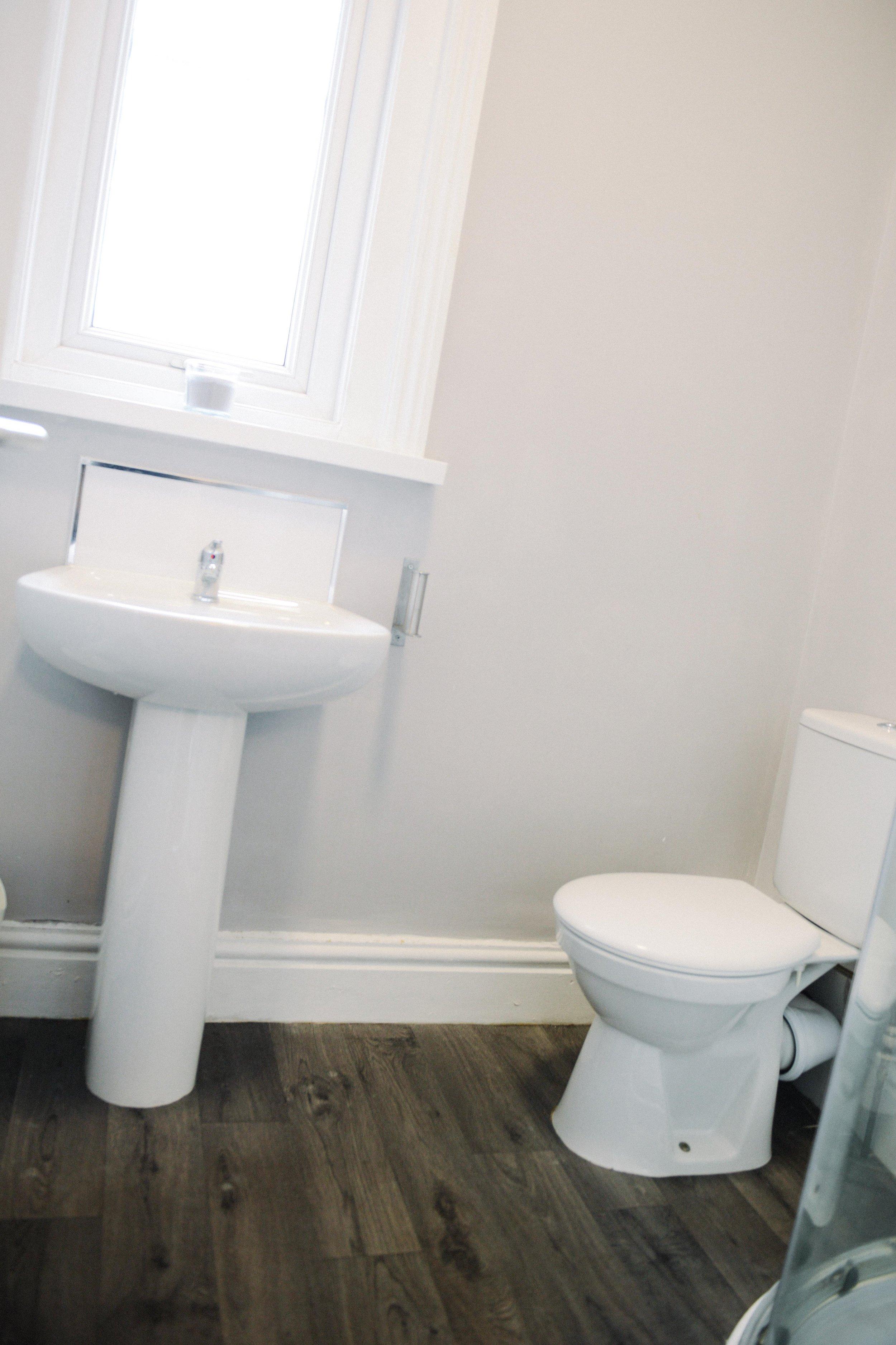 TF Shower Room  - 23.jpg