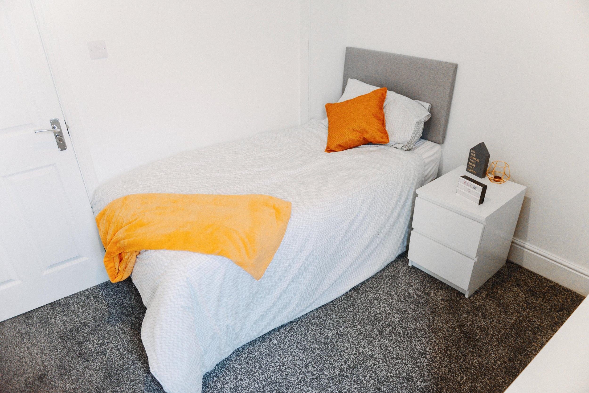 Room 5 - 55.jpg