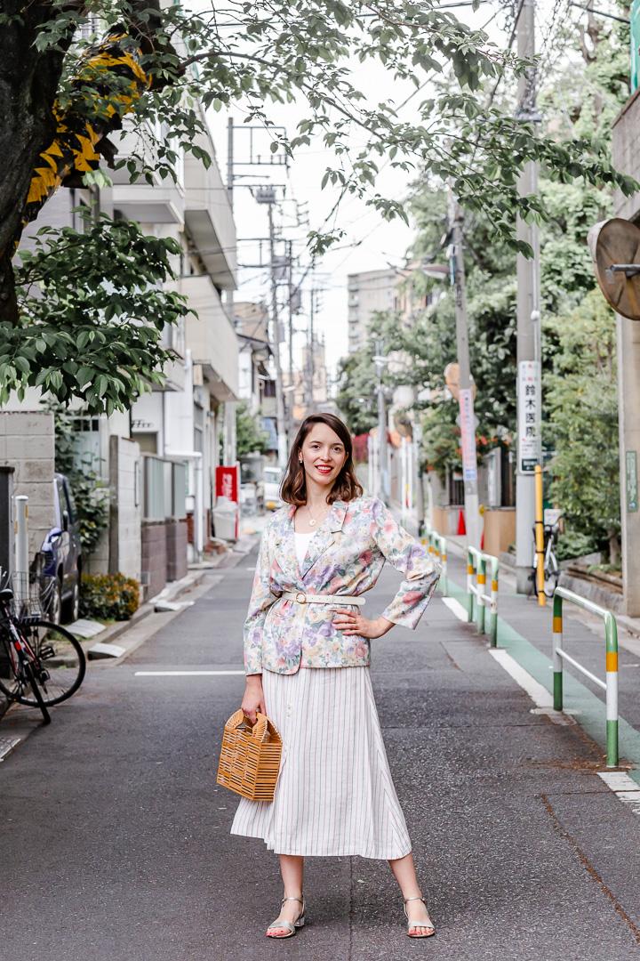noemie-sato-lifestyle-photographer-fashion-vintage-flowers-jacket-3.jpg