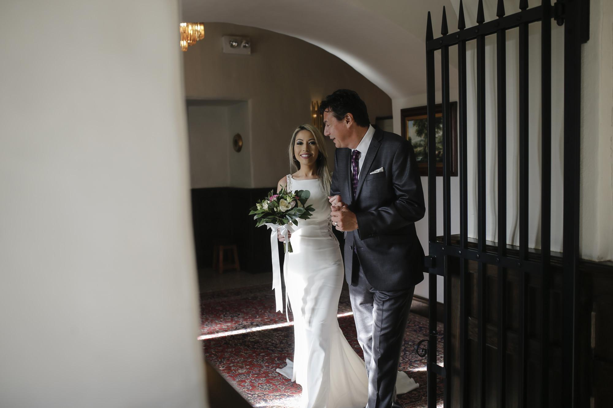kilkea_castle_wedding_photographer_goldenmoments_019.jpg