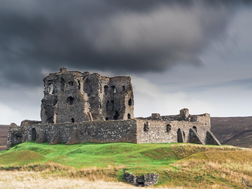 Auchindun Castle