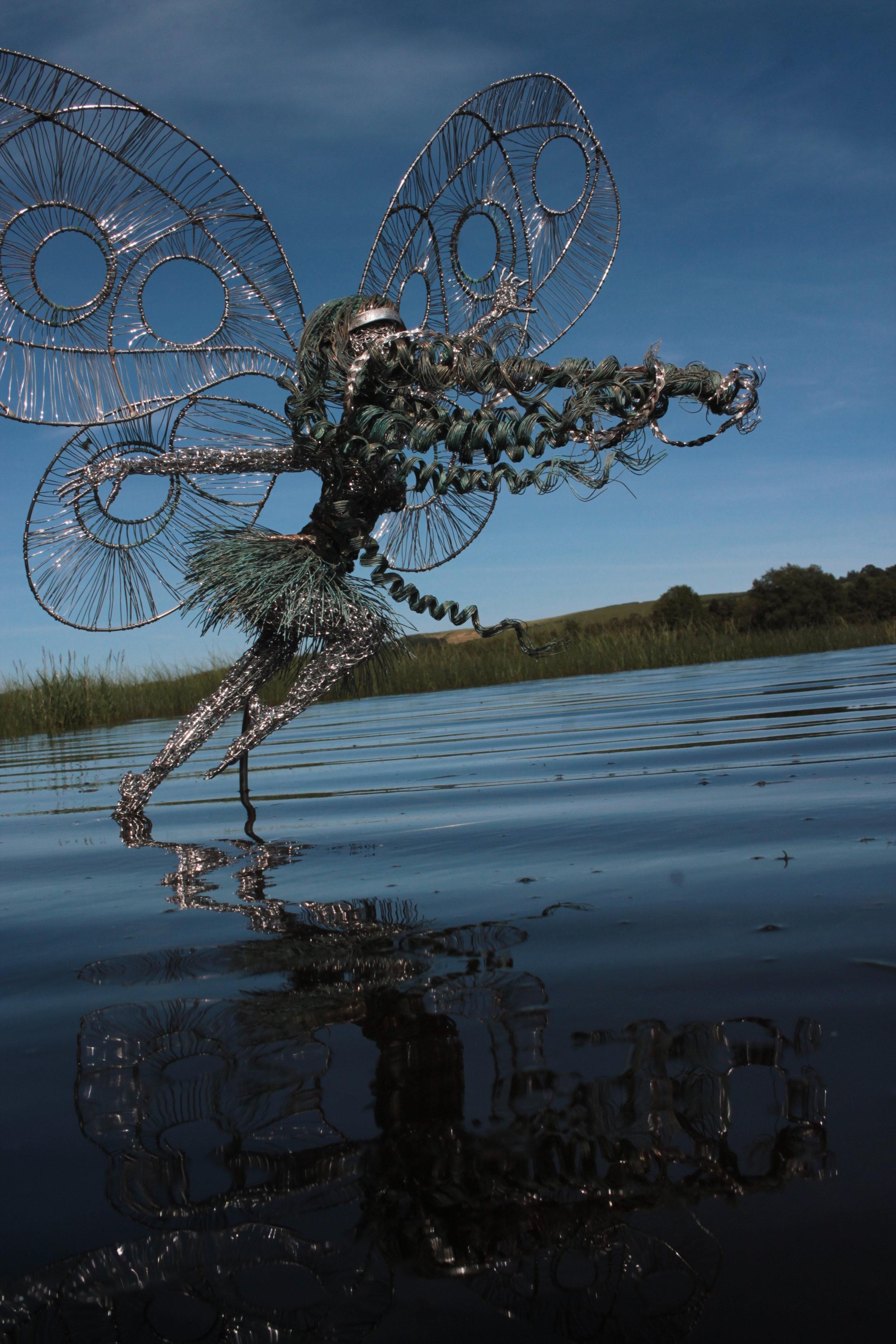fairy pippa on the lake .JPG