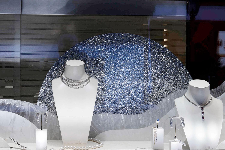 vitrine de Noël pour le joaillier Adler à Gstaad