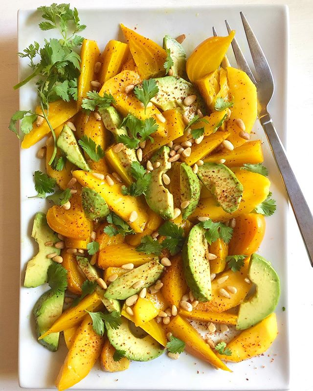 Golden Beet, Mango, and Avocado Salad—the first recipe I've posted on my blog in some time (I've been buuuuuusy)! It's inspired by a similar salad I had recently @palomarestaurant in Santa Fe, which just blew me away. That combination of textures—firm but yielding beet, soft and juicy mango, and creamy avo—was dreamy, not to mention the pairing of earthy, sweet, tangy, and buttery flavors. A barely-there dressing and sprinkling of toasted pine nuts, cilantro, and @tajinusa seasoning rounds things out in my version. I could've eaten the entire platter. Or maybe I did... Recipe link in my bio.  #thenewhealthy #avocado #mango #beets #avocadosalad #beetsalad #greattextures