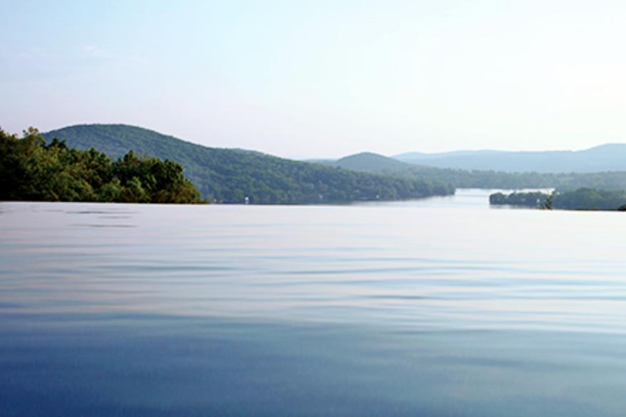 Bantam Lake - 📍 North Shore Road, Bantam🥾 Beaches, Boating, Fishing