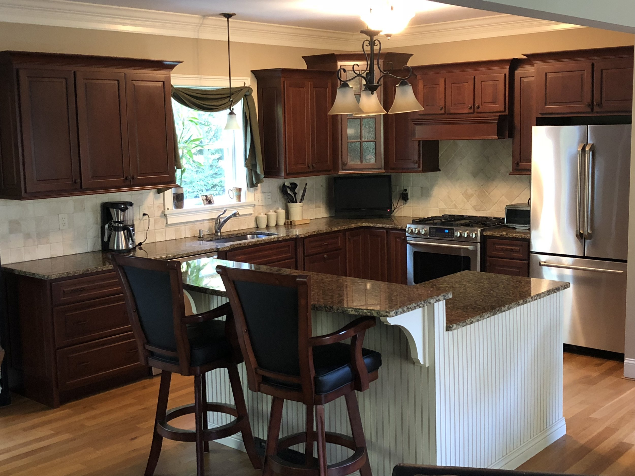 Murphy's Building & Remodeling Kitchens