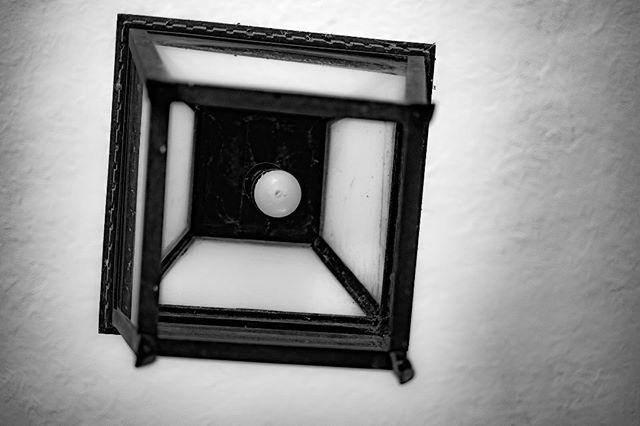 Lightblub . #spg_reflections #spg #sohophotogallery#myfujifilm #eyeshotmag #fujilove #curiouscameraclub #eyephotomagazine #fineartphotographer #contemporaryphotography #curious5k #photoobserve #lensculturestreets #spicollective #in_public_collective #vimptfreeprint #bnw_demand #bnw_planet #bnw_international #bnwlegit#bnwzone #bnw_greatshots#fineartphotography#burnmagazine#bnw_magazine #simply_noir_blanc #spg_bnw #fujifilmx_us