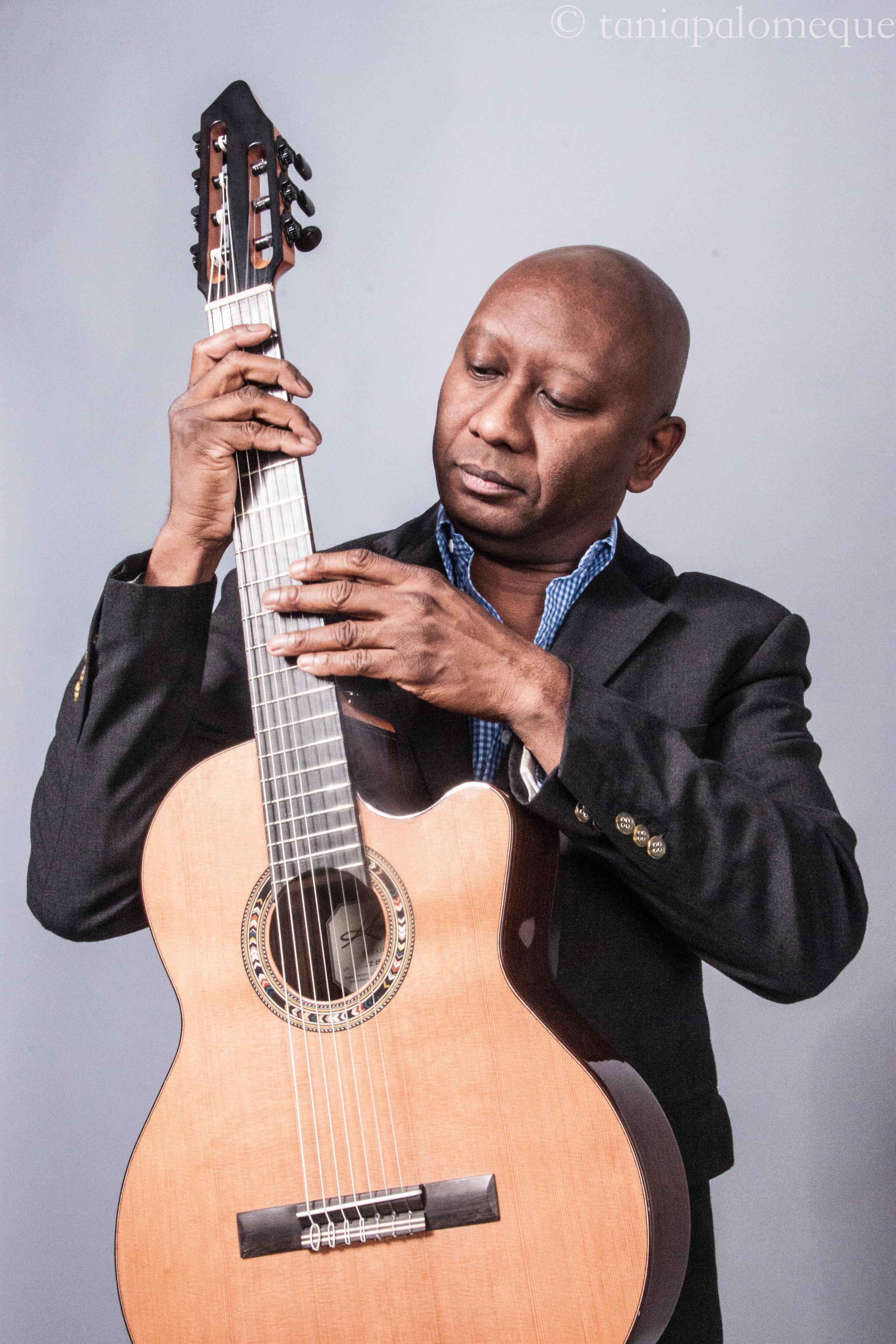 Ron Jackson Acoustic Guitar 2.jpg