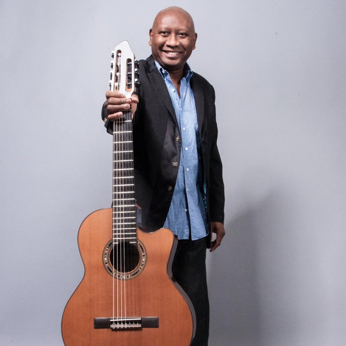 Ron Jackson Acoustic Guitar 1.jpg