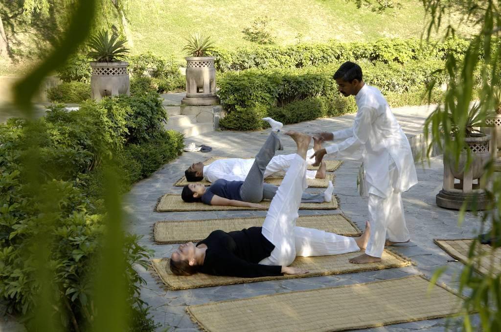 009-Morning-yoga-at-the-Amphitheatre.jpg