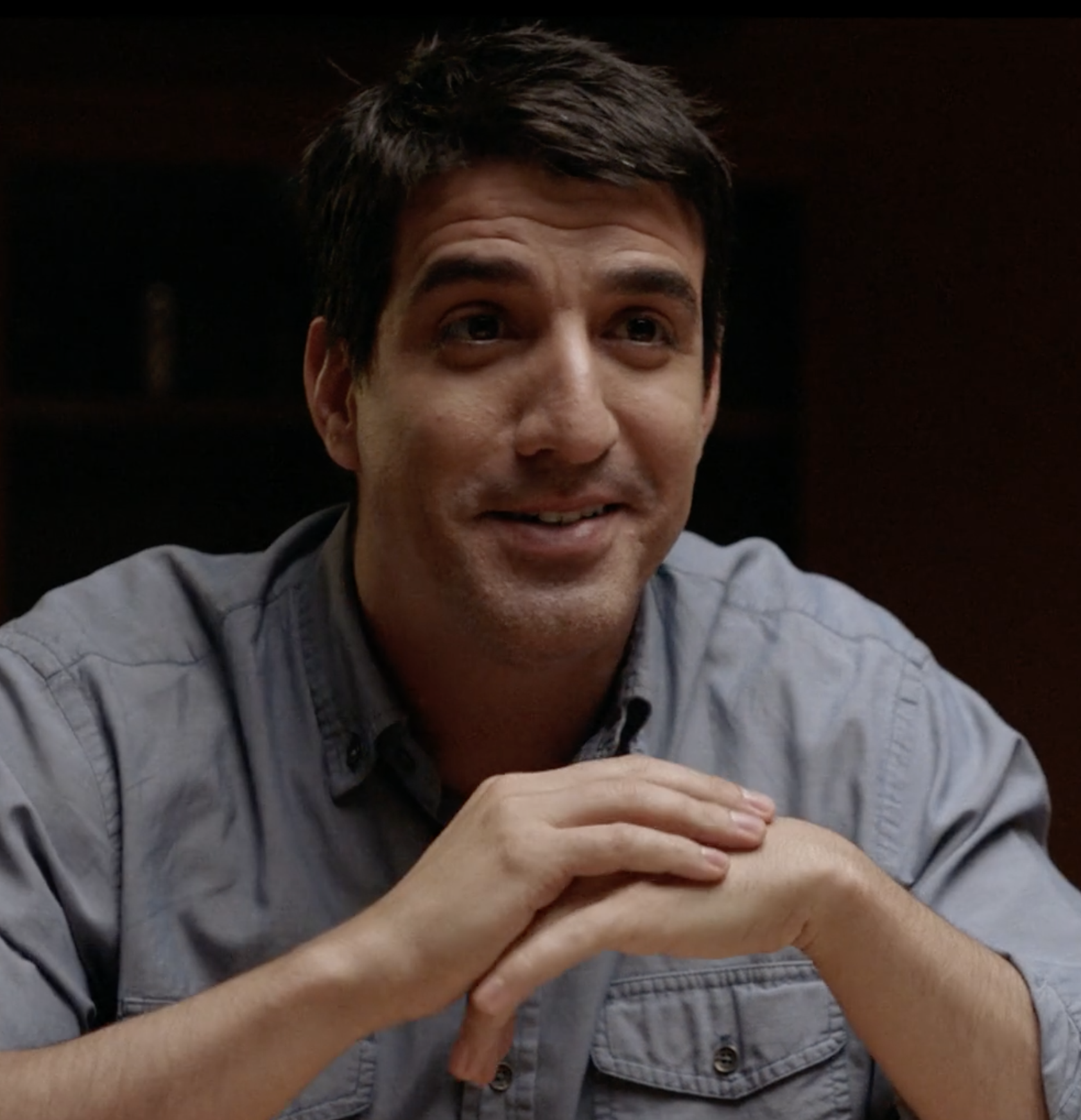 Ohad Bitton as Roey
