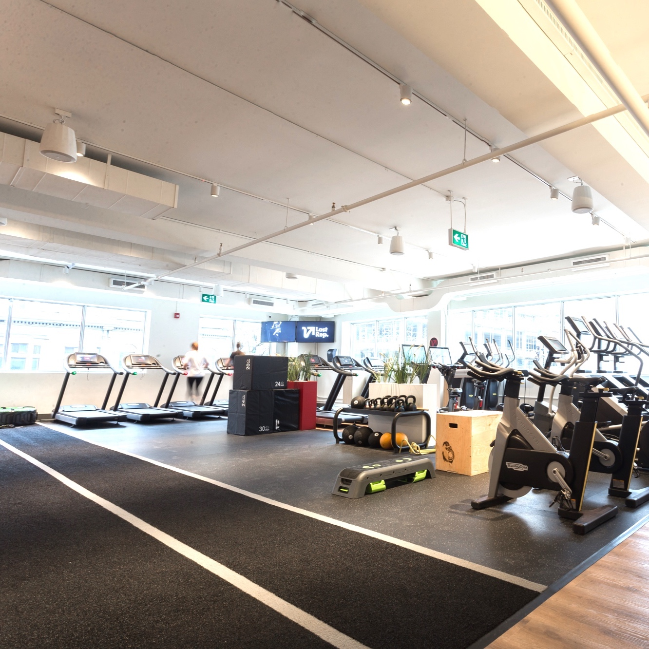 gym-space-to-rent.jpg