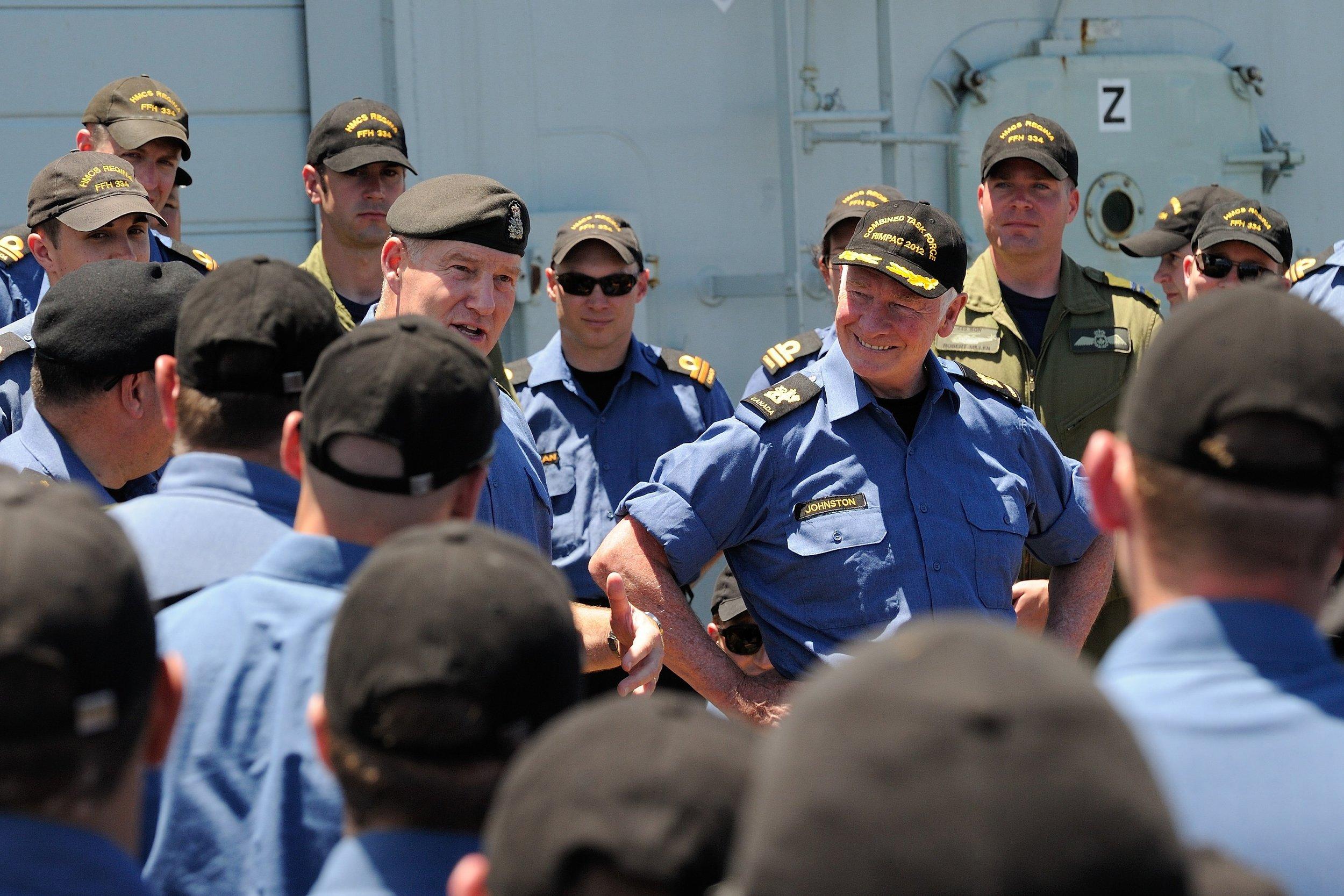 Natynczyk HMCS Regina RIMPAC GG2012-0373-005.jpg