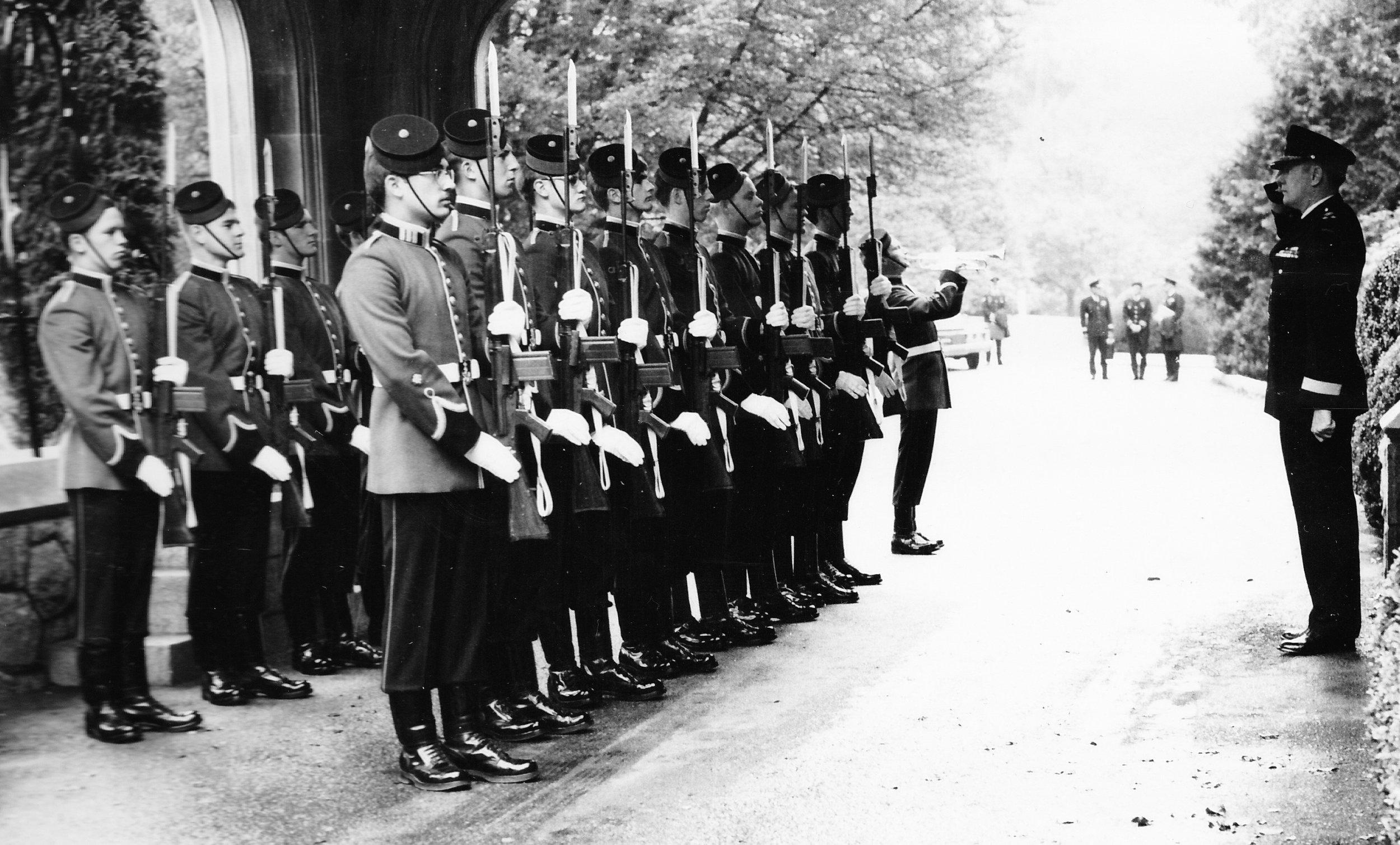 1 Sqn Honour Guard.jpg