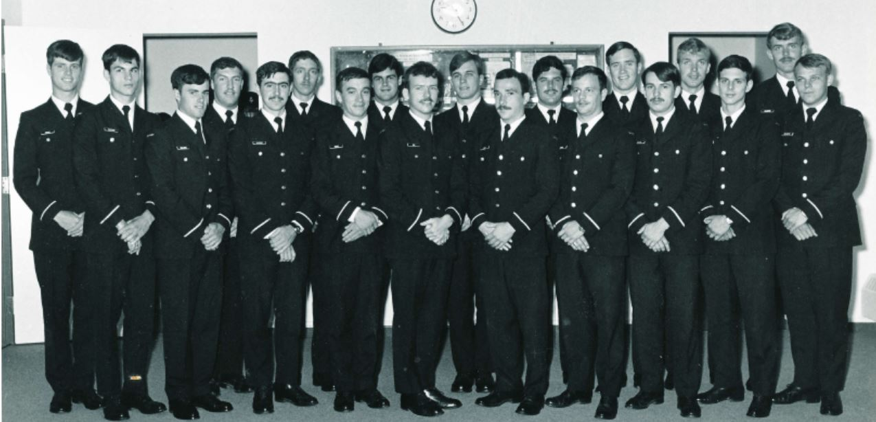 Tom at primary flying school in portage la prairie - back row 4th from the left