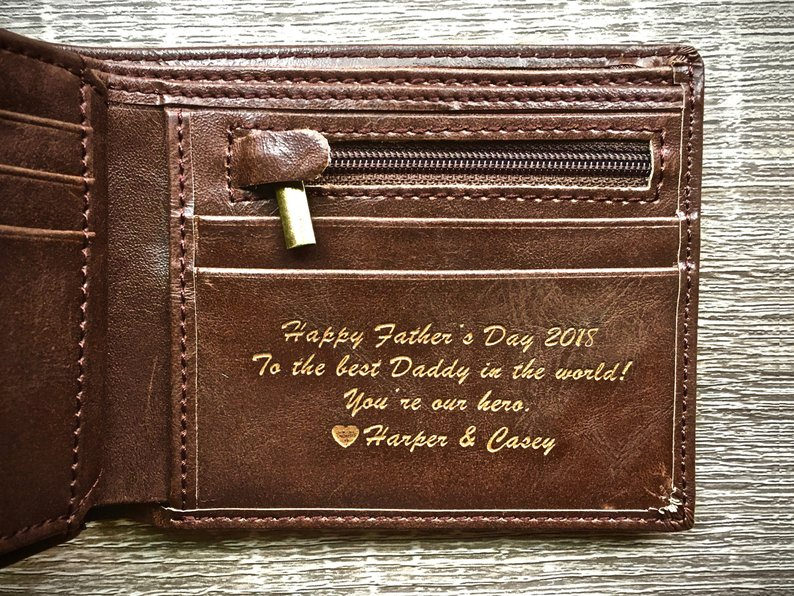 Etsy: Personalized Men's Leather Wallet - The Perfect Gift for Dad, Boyfriend Gift, or Groomsmen Gift