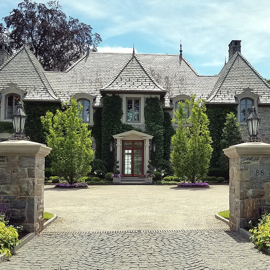 3nd Stop : 5 acre Water font Estate in Riverside , CT 06870