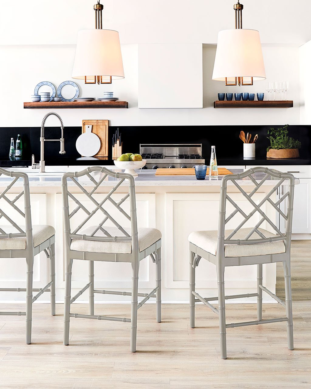 Picture of: Best Barstools And Counter Height Stools For Kitchen Islands Br Br Dvd Interior Design