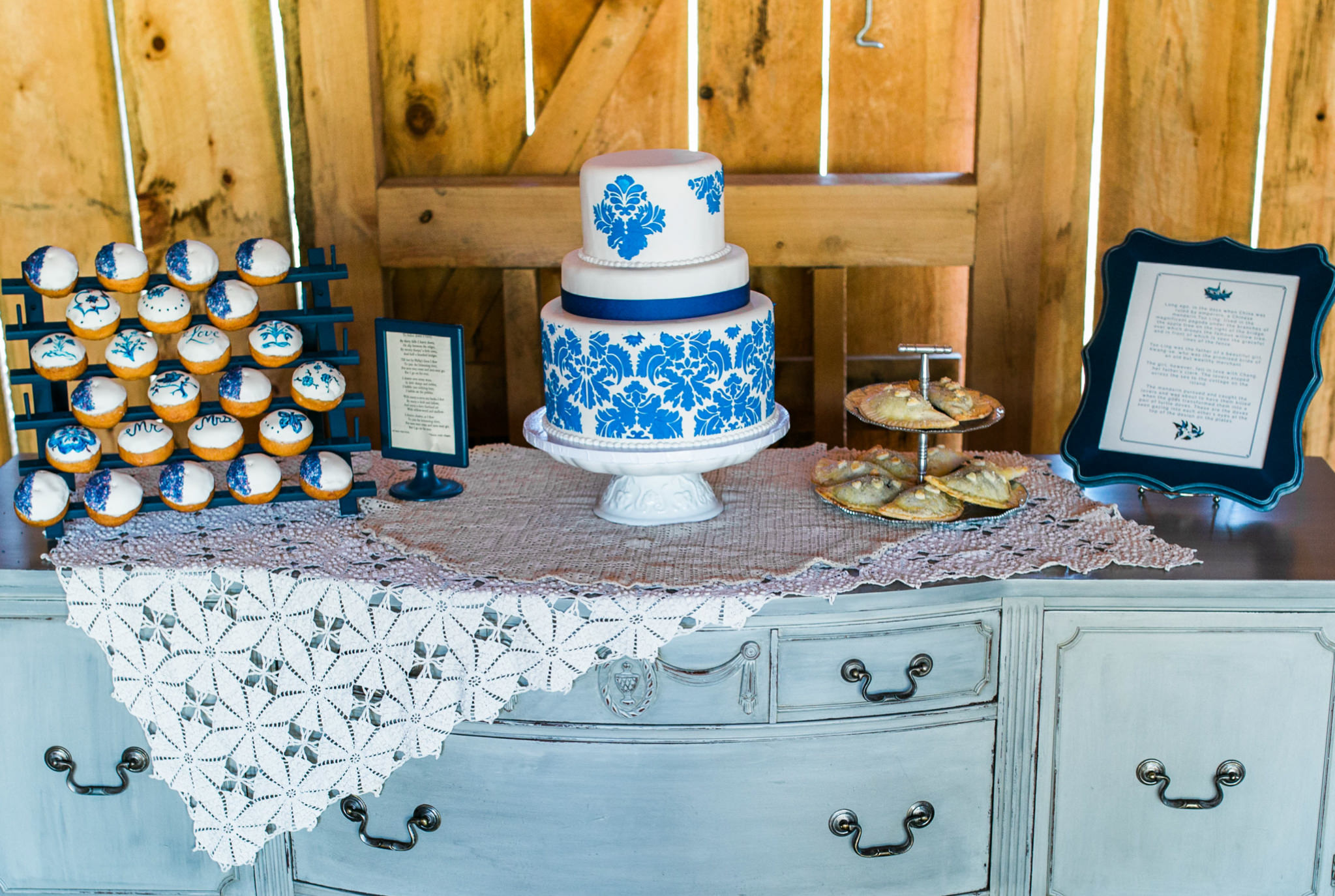 State College Bellefonte Pennsylvania wedding photographer cotton china blue blush barn (13).jpg