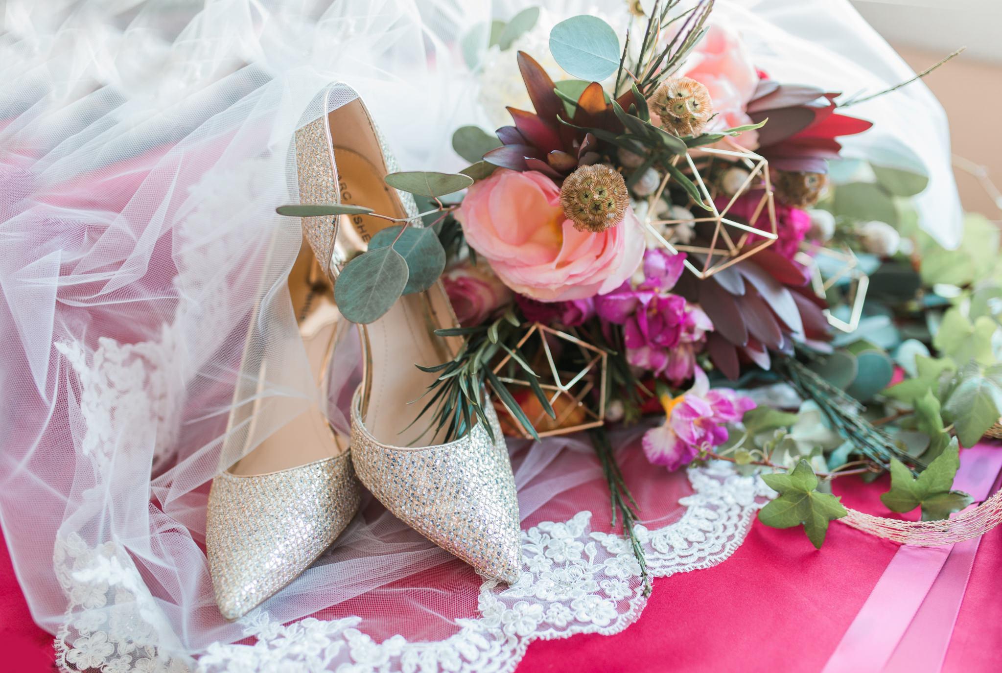 Boho geometric winter wedding styled shoot (3).jpg