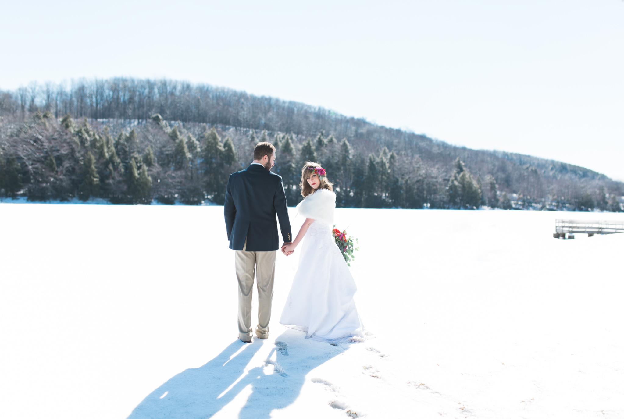 Boho geometric winter wedding styled shoot (48).jpg