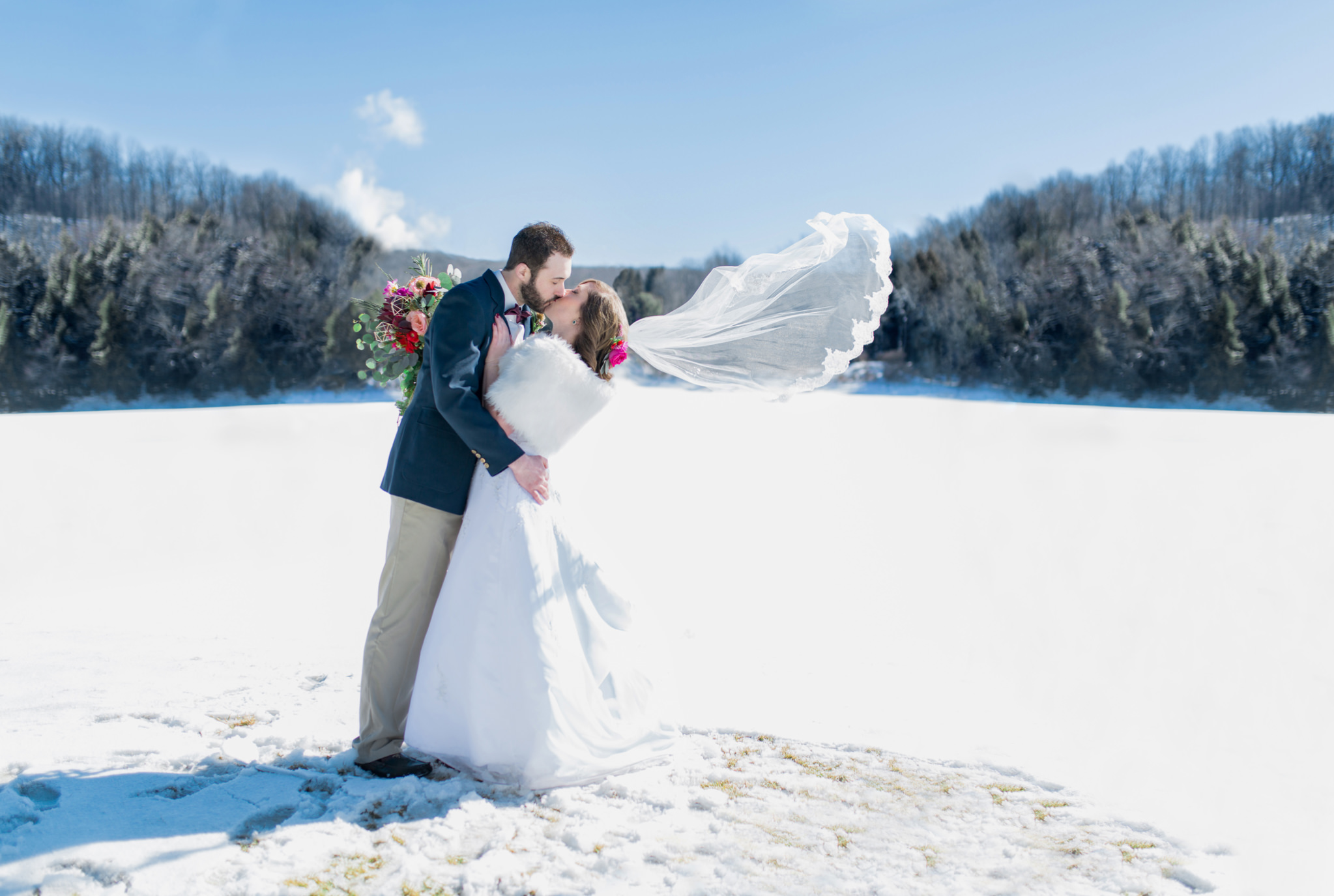 Boho geometric winter wedding styled shoot (49).jpg
